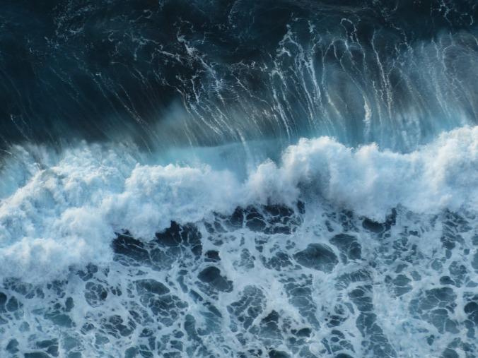 wave-384385_1280