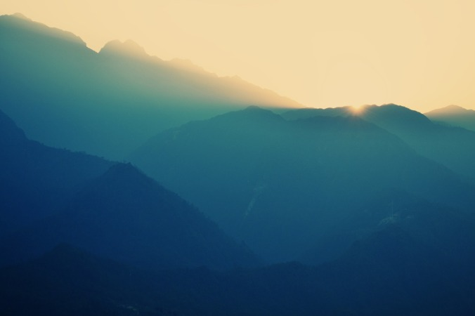 mountains-768515_1280