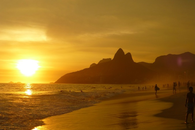 ipanema-beach-99388_1280