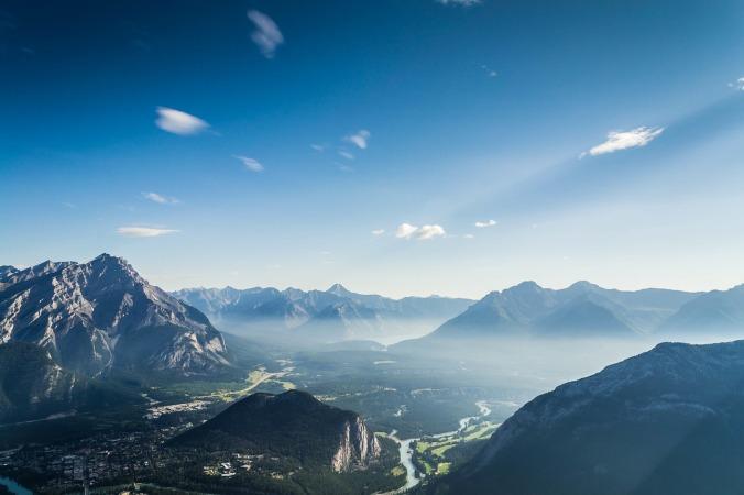 mountain-range-918839_1280