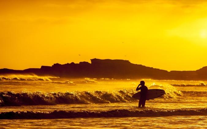 surfer-691029_1280