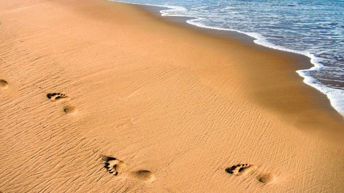 beach-1758097_1280