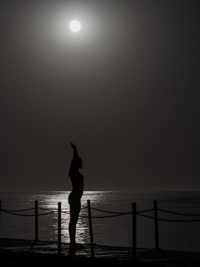 night-1915469_1280